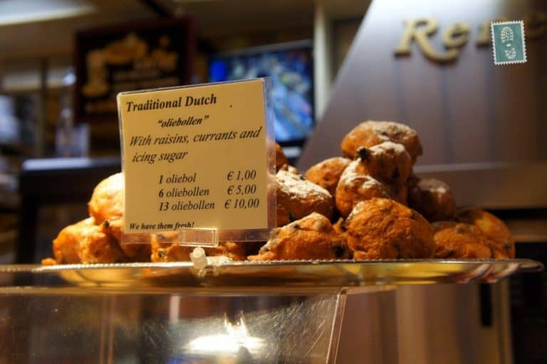 A plate of Oliebollen