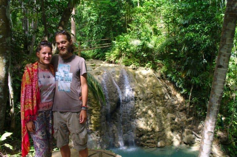lugnason waterfalls couple