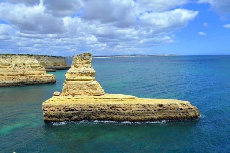 Faro sea